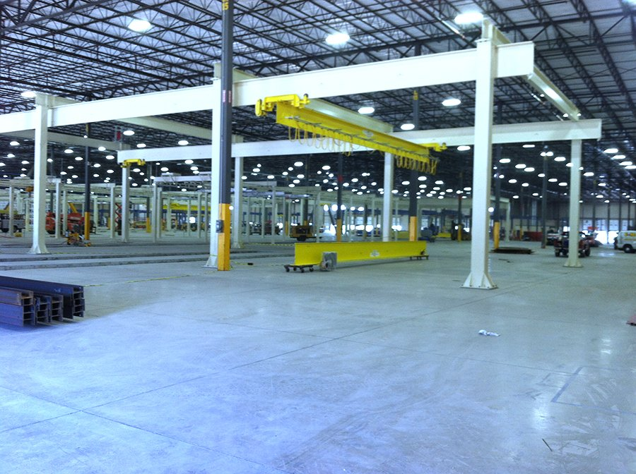 Heavy Overhead Crane System in new manufacturing plant