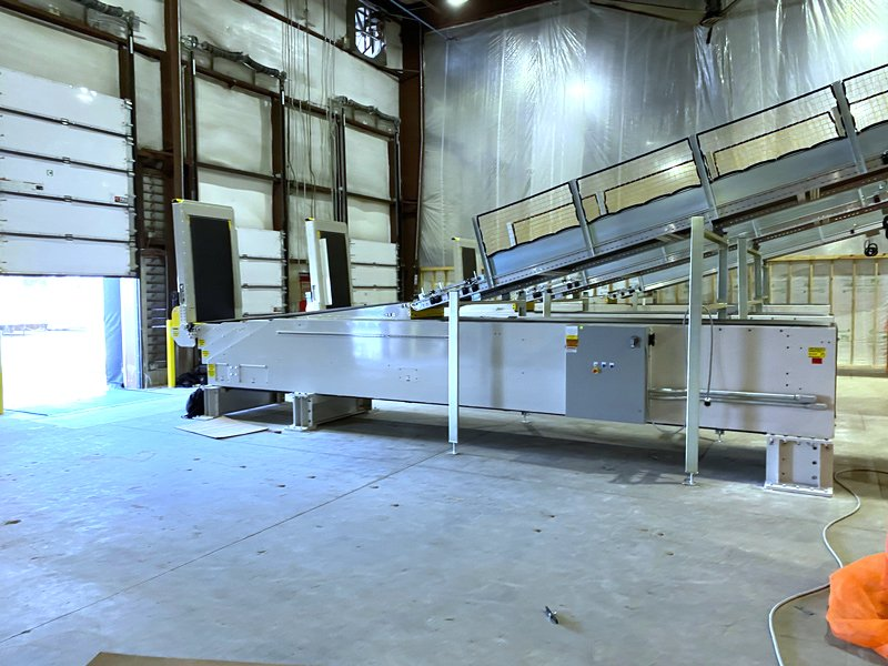 SRS Santa Rosa Systems Telescopic Conveyors installation